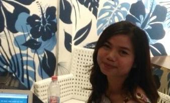Widya's Testimony - Social Media for Business