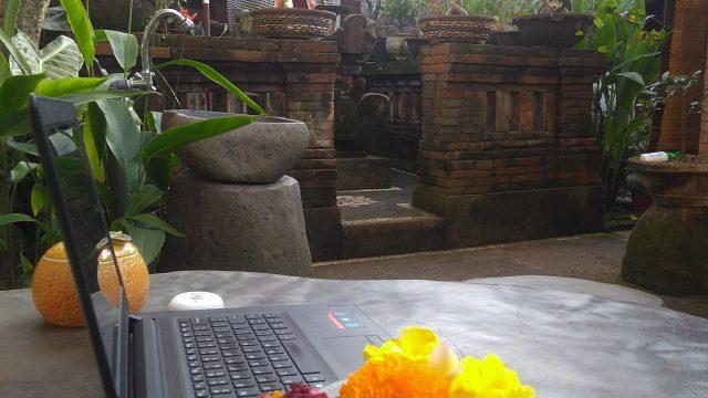 Miliki Digital Aset & BekerjalahDarimana Saja